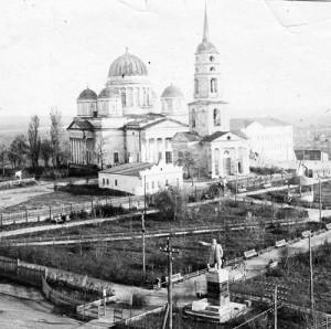 Вид на храм в 1935 г.
