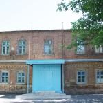 В этом здании находилась церковно-приходская школа