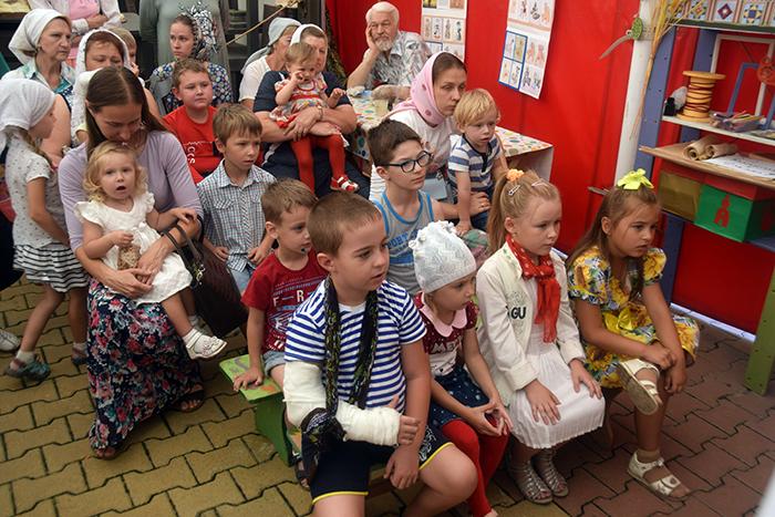 http://stal-nevsky.ru/wp-content/uploads/2019/08/DSC_0344.jpg